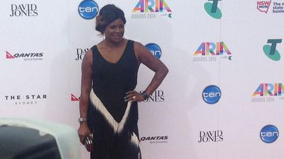 Music legend Marcia Hines posing for the cameras. (Picture: ARIA_Official, Twitter)