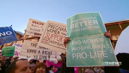 Protestors both for and against abortion gathered outside NSW parliament as the decriminalisation bill was discussed.