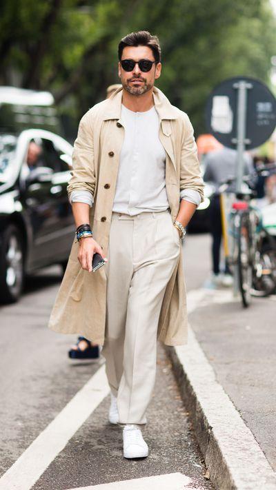 <p><em>WWD</em>'s Alex Badia gives good 'tonal weekend look'.</p>