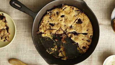 "Recipe:<a href=""https://kitchen.nine.com.au/2017/03/15/13/26/i-quit-sugars-choc-chip-skillet-cookie"" target=""_top"">Choc chip skillet cookie</a>"
