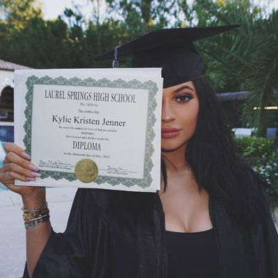 3. Kylie Jenner graduates, world celebrates. Likes: 2.3 million. Comments: 85.1k comments.