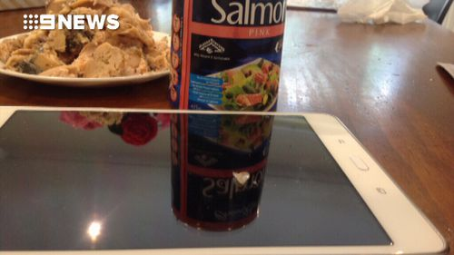 Woman 'finds glass' inside canned Aldi salmon being fed to puppy