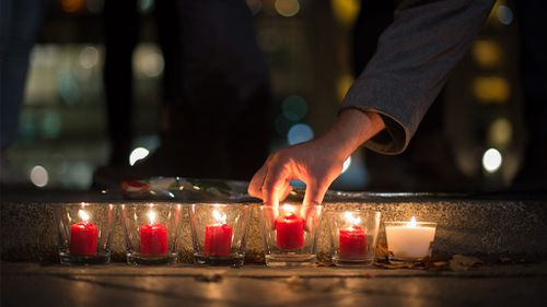 #PrayForParis: Social media lights up as the world unites in support for Paris