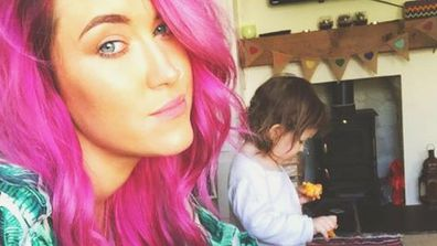 Pink hair, don't care: Mothers should not have to look a certain way, says Gylisa Jayne. Image: Facebook/@gylisaa
