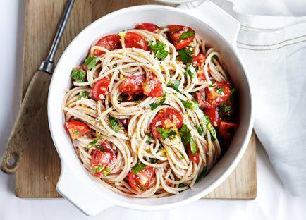 Buckwheat spaghetti with tomato, lemon and flat-leaf parsley