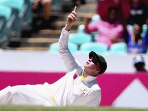 Smith blames camera wire for drop