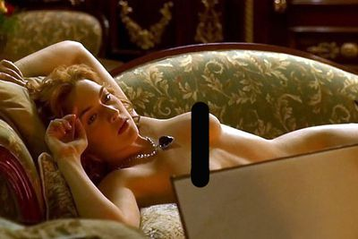Weird fact #8: If you're going to get them out, you may as well get them out! When Kate found out she had to get naked in front of her co-star Leo, she reportedly flashed the lucky young man.