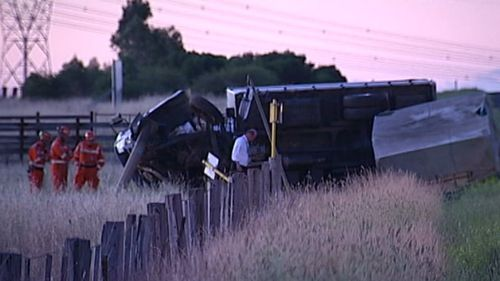 Police are appealing for witnesses following the early morning crash. (9NEWS)