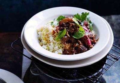 <strong>Persian lamb recipe with rhubarb and chelow</strong>