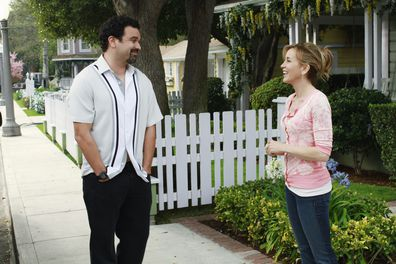Ricardo Chavira, Felicity Huffman, Desperate Housewives, set