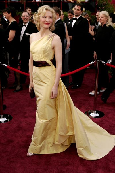 Cate Blanchett in Valentino at the 77th Annual Academy Awards in January, 2005
