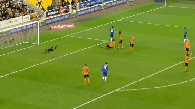 Leicester stunned in FA Cup, City face replay