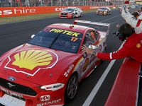 Coulthard backs up the field during safety car