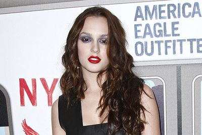 Oh Leighton, we love ya, but please don't channel vampire-barbie again. It's creepy.