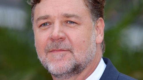 Actor Russell Crowe's father dies in Coffs Harbour, aged 85