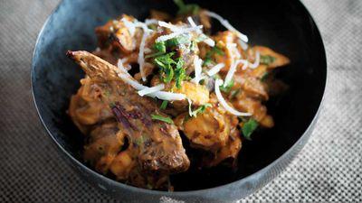 """Recipe: <a href=""""https://kitchen.nine.com.au/2017/08/10/15/12/caldin-mushroom-curry-cogumelo-kari"""" target=""""_top"""">Caldin mushroom curry (cogumelo kari)</a>"""