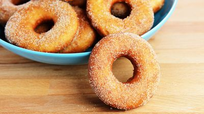 <strong>Less calories: The cinnamon donut</strong>