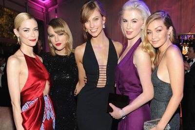 If we went to the Vanity Fair post-Oscars bash, we could see ourselves hanging out with this glam posse.