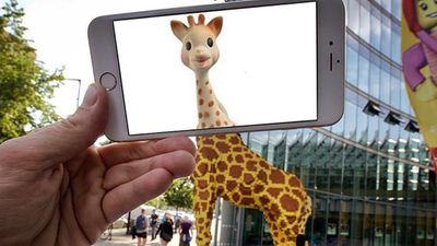 This Lego giraffe evolves into an animated one. (Instagram)