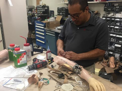 Prosthetics are made on-site at the Shriners Hospital for Children in Philadelphia. (Image: ABC News America)