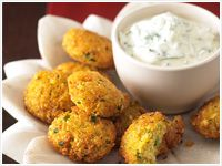 Chickpea patties with mint raita
