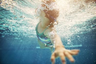 Mother unhappy with children's swimming lessons