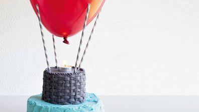Up, up and away hot air balloon birthday cake recipe_thumb