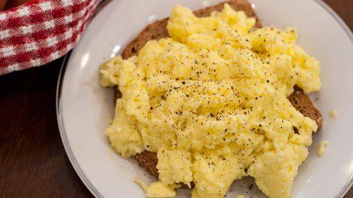 Woman dies after inhaling scrambled eggs in hospital