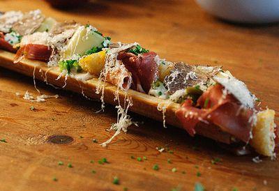 "Recipe:&nbsp;<a href=""http://kitchen.nine.com.au/2016/05/05/09/56/jarlsberg-mac-and-cheese-sandwish"" target=""_top"" draggable=""false"">Jarlsberg mac and cheese 'sandwish'</a>"