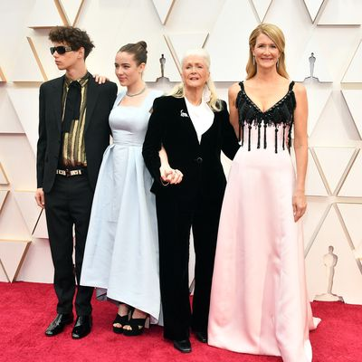 Laura Dern, mum Diane and kids Ellery and Jaya