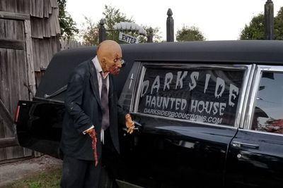 <strong>15. Darkside Haunted House -Wading River, New York</strong>
