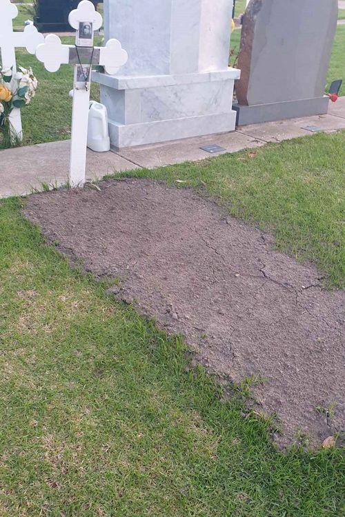 Bakhit Sedrak's gravestone at Fawkner cemetery.