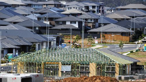 Along with reduced clearance rates, essentially the price drop means fewer Australians are selling their homes, and those that are receive lower prices. Picture: 9NEWS.