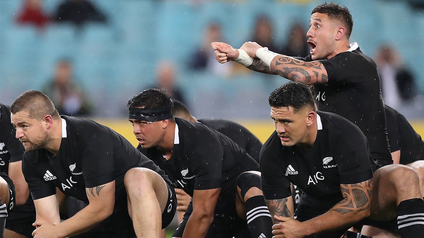 All Blacks star TJ Perenara considering shock move to Sydney Roosters