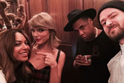 Taylor Swift poses with Beyonce, Jay Z and Justin Timberlake in the best selfie we've ever seen.