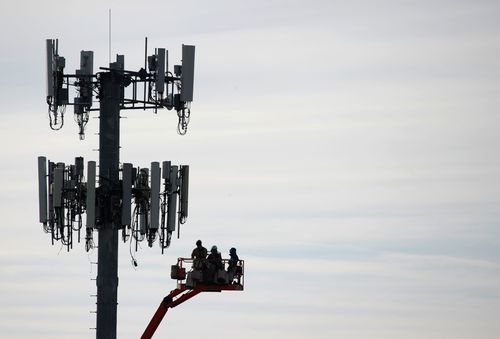 False 5G theories fuel network vandalism incidents