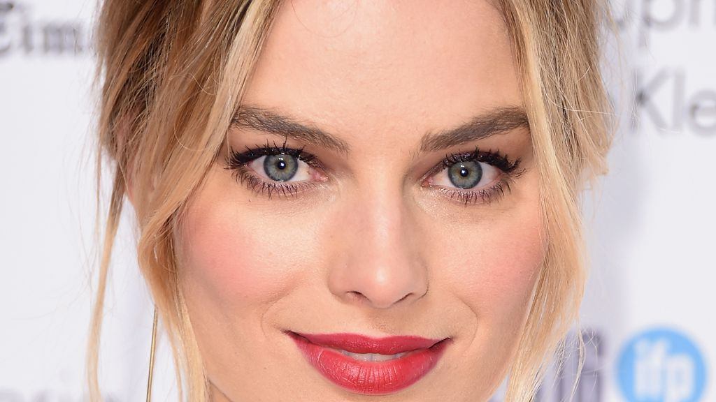 Margot Robbie's unusual beauty routine