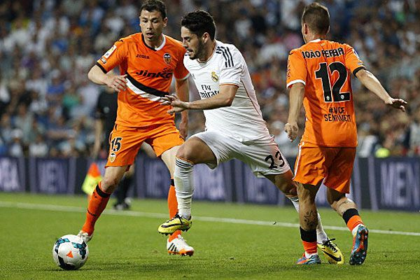 Valencia football cub take on Real Madrid