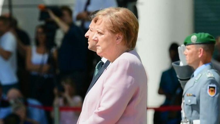 "Germany: Armin Laschet elected leader of Angela Merkel's party"""