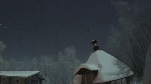 Gradually the skies lightened. (YouTube/Aurora Borealis (LIVE!))