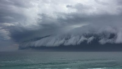 Storm clouds viewed from Tamarama. (Supplied, Georgie Lorson)