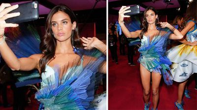 Portuguese model Sara Sampaio taking a selfie before hitting the runway. (Instagram)