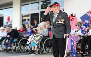 Aussies take to balconies, driveways to mark Anzac Day with a difference
