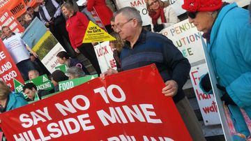 South Australian farmers protest $30m mining project