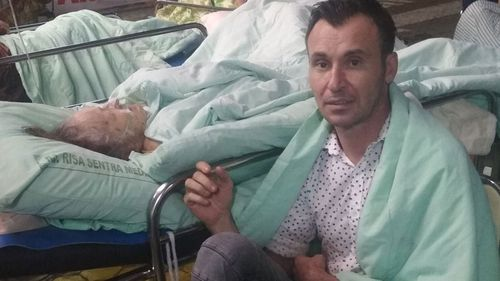 Australian Jon-Paul Kennedy posted an image on Facebook from Bali, saying his mum was in hospital when the earthquake struck.
