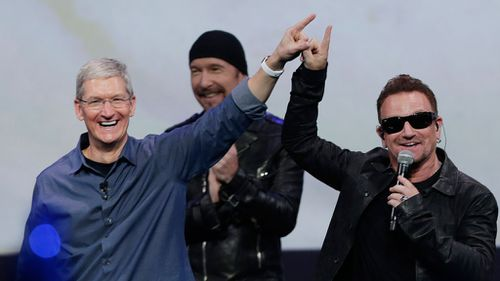Apple allows users to bin U2 album