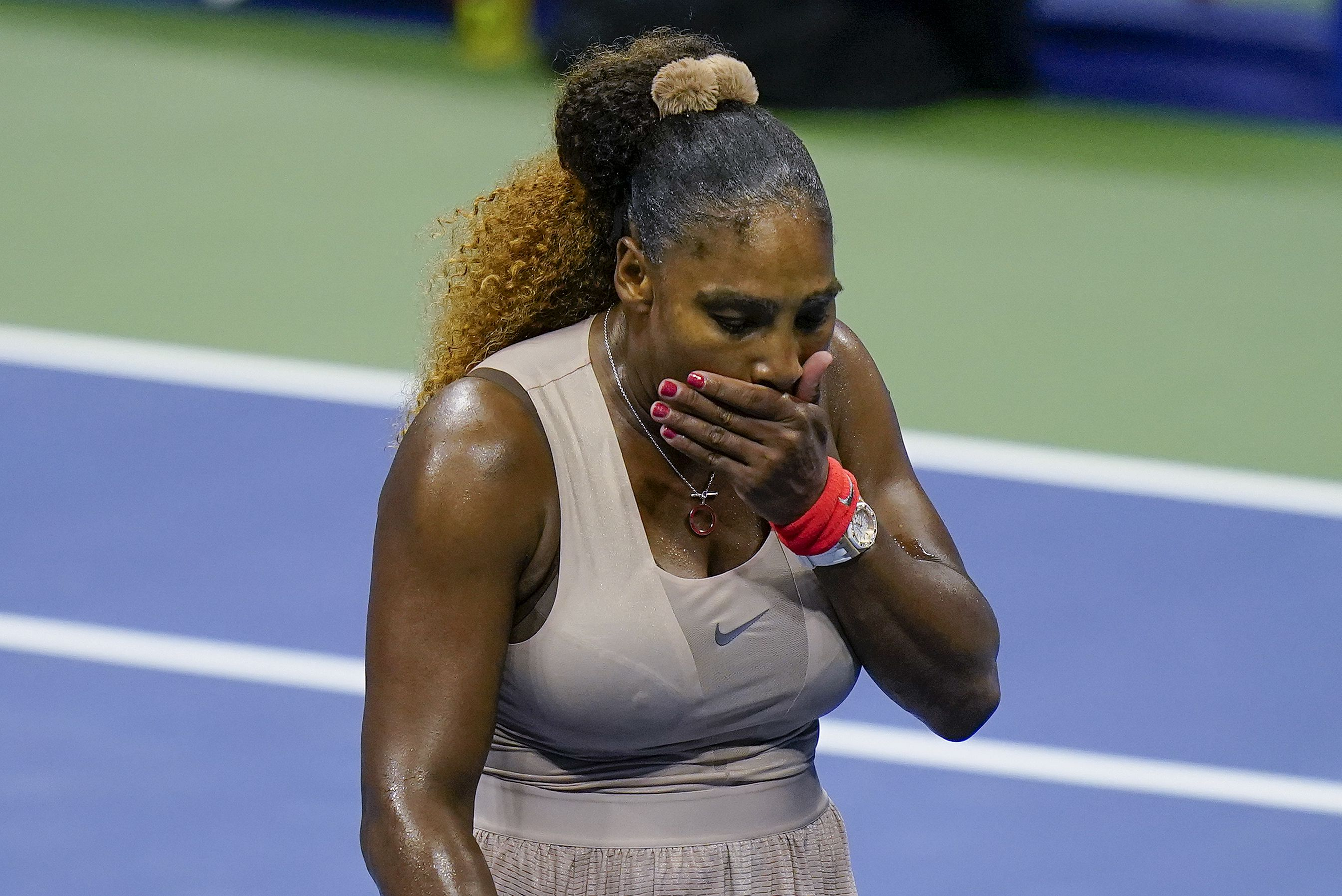 Record-chasing Serena Williams bounced out of the US Open by Victoria Azarenka