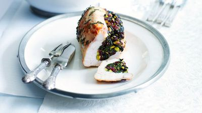 "<a href=""http://kitchen.nine.com.au/2016/05/12/18/03/roast-turkey-breast-with-cranberry-and-pistachio-stuffing"" target=""_top"">Roast turkey breast with cranberry and pistachio stuffing</a>"
