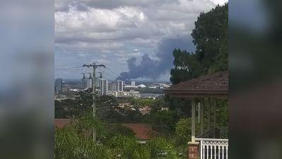 The smoke plume was clearly seen from Top Ryde. (Arun Thenappan)