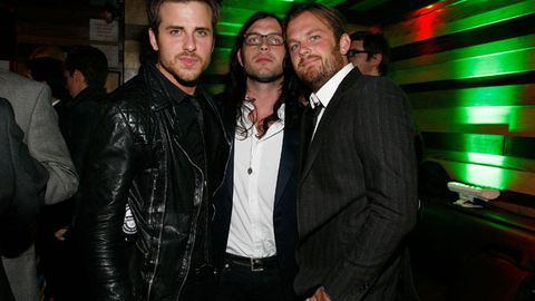 The Kings of Leon have been booed offstage after cancelling their US tour midway through a gig